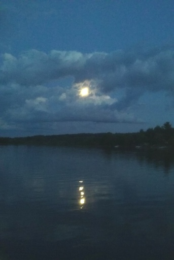 moon over lake1